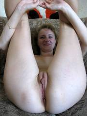 Amateur wives with shaved clits