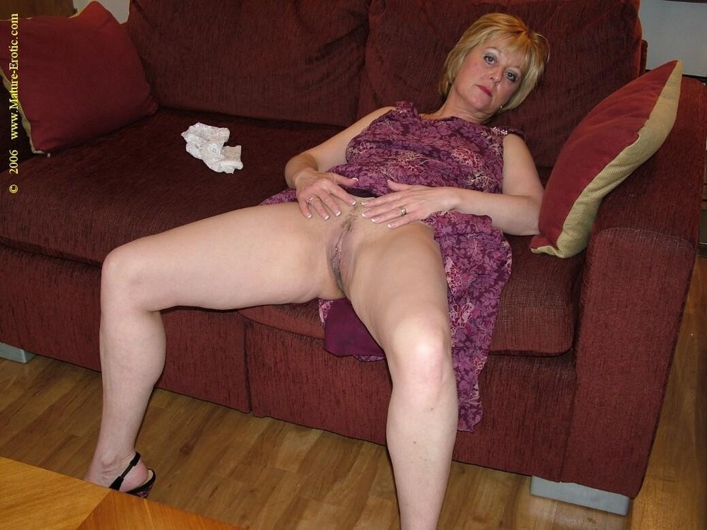 Naked uk wife