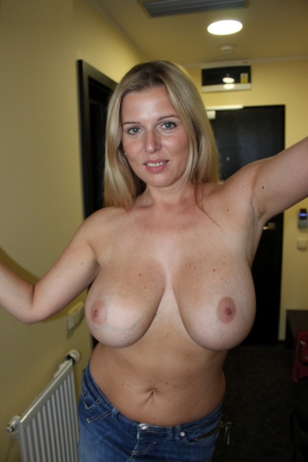 Housewife Fucking Free Mature Housewives Porn Videos