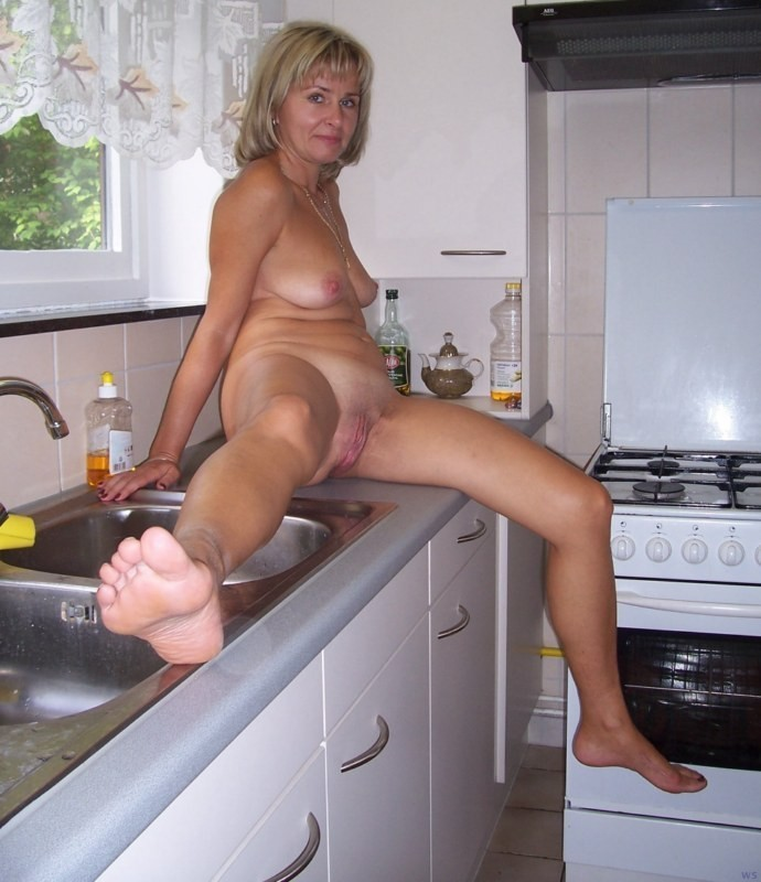 Sexy amateur mature newbee