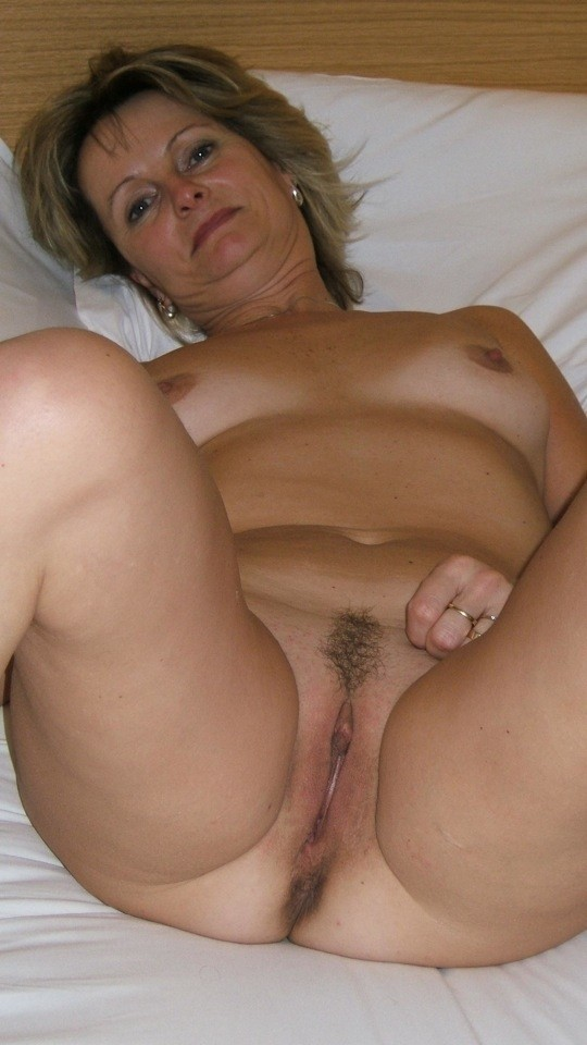 German mature mom happy about 1 young boy with big cock 20cm 6