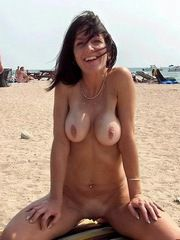 Real amateur naked girls and matures,..