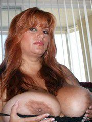 Chubby 40pluss women with huge and..