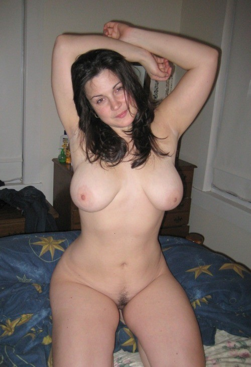 chubby naked married woman
